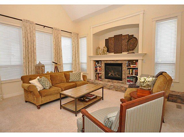 Photo 8: Photos: 19306 73B AV in Surrey: Clayton House for sale (Cloverdale)  : MLS®# F1401646