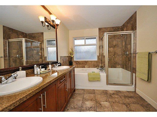 Photo 10: Photos: 19306 73B AV in Surrey: Clayton House for sale (Cloverdale)  : MLS®# F1401646