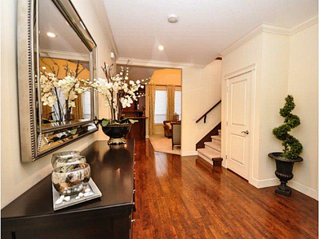 Photo 3: Photos: 19306 73B AV in Surrey: Clayton House for sale (Cloverdale)  : MLS®# F1401646