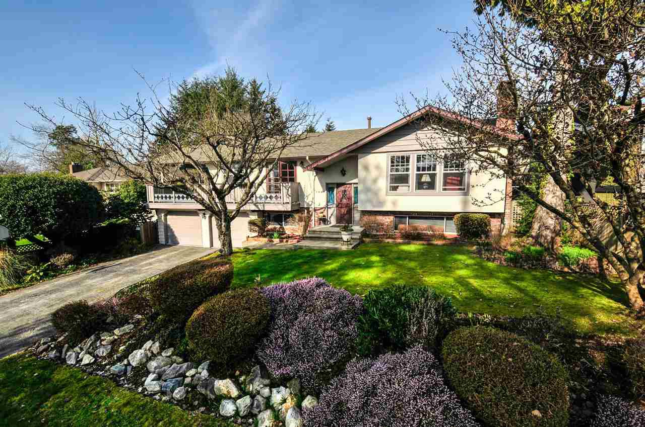Main Photo: 5305 MORELAND DRIVE in Burnaby: Deer Lake Place House for sale (Burnaby South)  : MLS®# R2039865