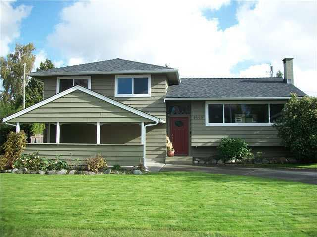 Main Photo: 8440 FAIRWAY ROAD in : Seafair House for sale : MLS®# V857260