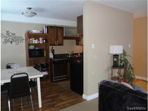 Main Photo: 6 115 Acadia Drive in Saskatoon: Condominium for sale : MLS®# 457895