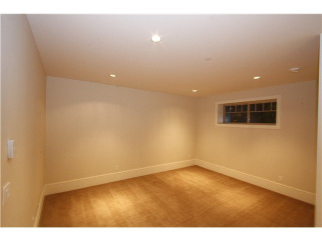 Photo 16: Photos: 3562 W 13TH Avenue in Vancouver: Kitsilano House for sale (Vancouver West)  : MLS®# V1075426