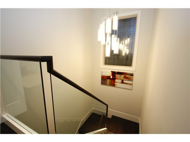 Photo 14: Photos: 3562 W 13TH Avenue in Vancouver: Kitsilano House for sale (Vancouver West)  : MLS®# V1075426