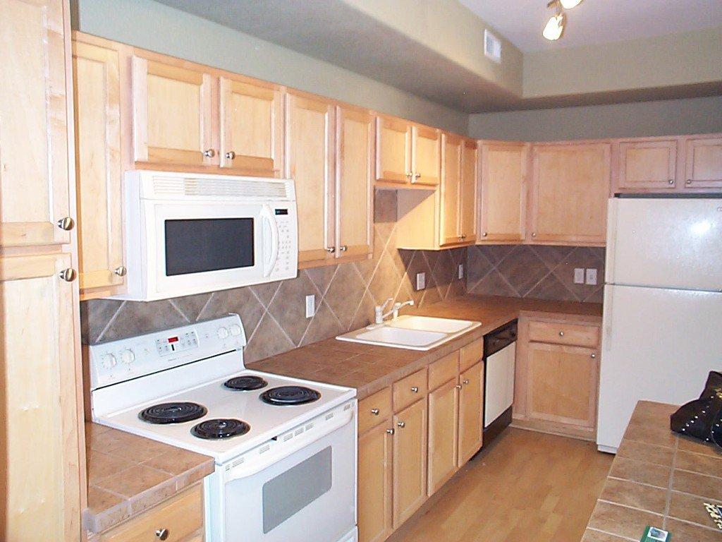 Photo 10: Photos: 22960 E. Roxbury Drive #A in Aurora: Townhouse for sale (Saddle Rock)  : MLS®# 6358736