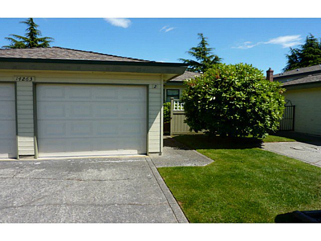 Main Photo: # 2 14263 18A AV in Surrey: Sunnyside Park Surrey Condo for sale (South Surrey White Rock)  : MLS®# F1417983