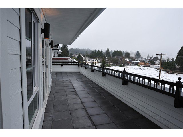 Main Photo: # 415 553 FOSTER AV in Coquitlam: Coquitlam West Condo for sale : MLS®# V1091616