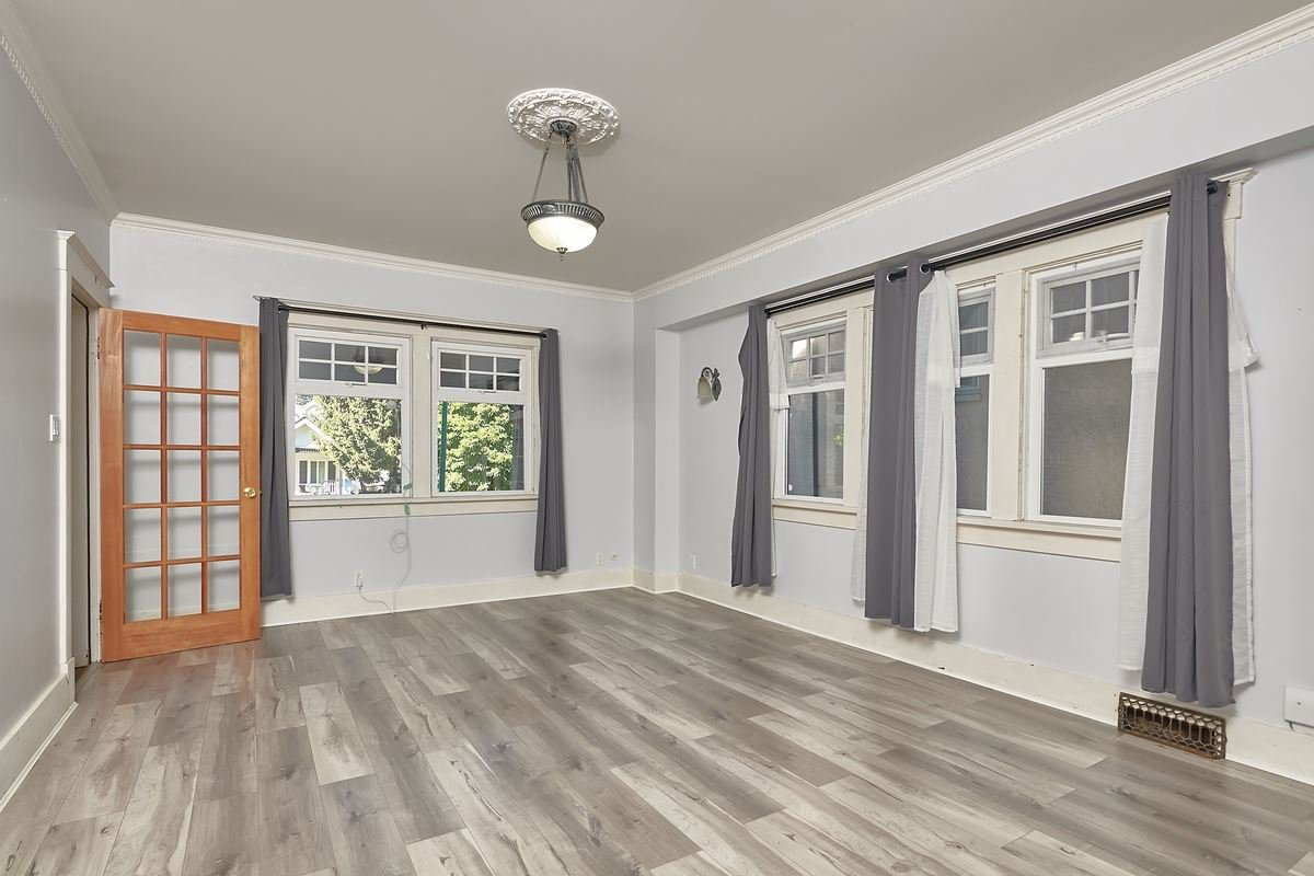 Main Photo: 970 W 17TH AVENUE in Vancouver: Cambie House for sale (Vancouver West)  : MLS®# R2488196