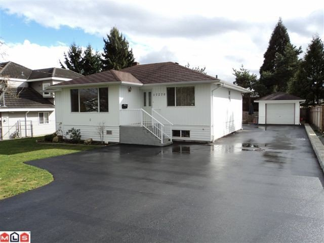 Main Photo: 17270 60TH Avenue in Surrey: Cloverdale BC House for sale (Cloverdale)  : MLS®# F1207231
