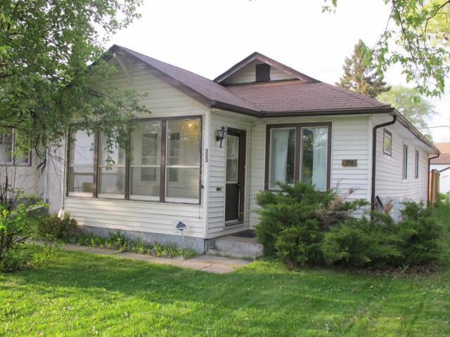 Photo 2: Photos:  in WINNIPEG: East Kildonan Residential for sale (North East Winnipeg)  : MLS®# 1210099