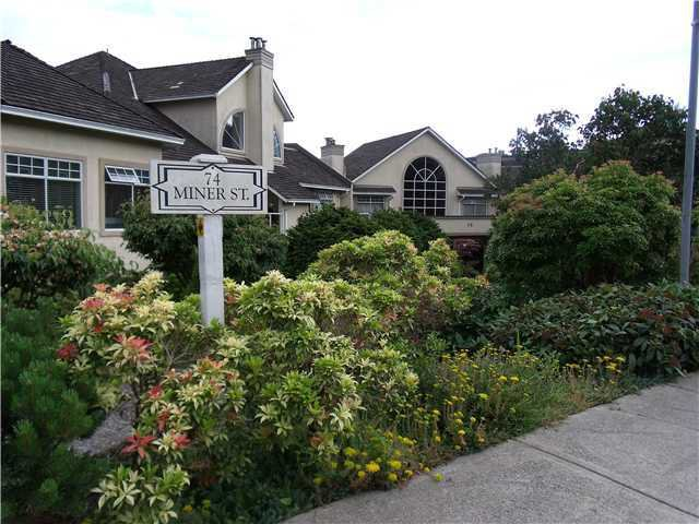"Main Photo: 114 74 MINER Street in New Westminster: Fraserview NW Condo for sale in ""FRASERVIEW PARK"" : MLS®# V959432"