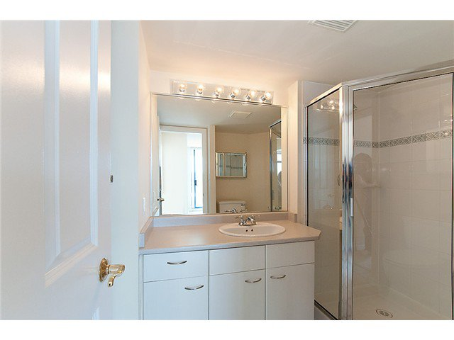"""Photo 7: Photos: # 1603 4425 HALIFAX ST in Burnaby: Brentwood Park Condo for sale in """"POLARIS"""" (Burnaby North)  : MLS®# V1005608"""