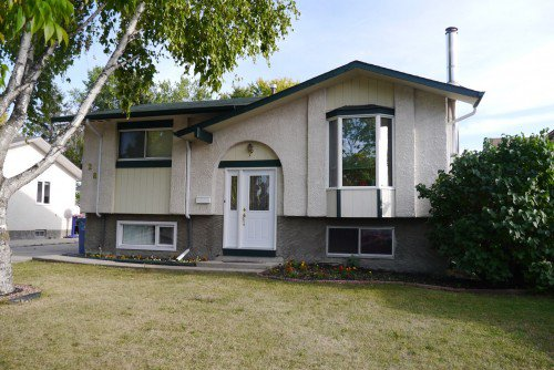 Main Photo: 28 Syracuse Crescent in Winnipeg: Residential for sale : MLS®# 1321301