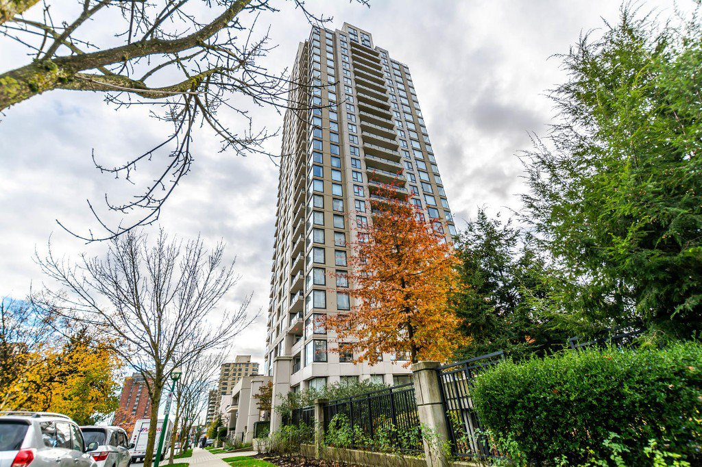 Main Photo: 207 7063 HALL AVENUE in Burnaby: Highgate Condo for sale (Burnaby South)  : MLS®# R2121220