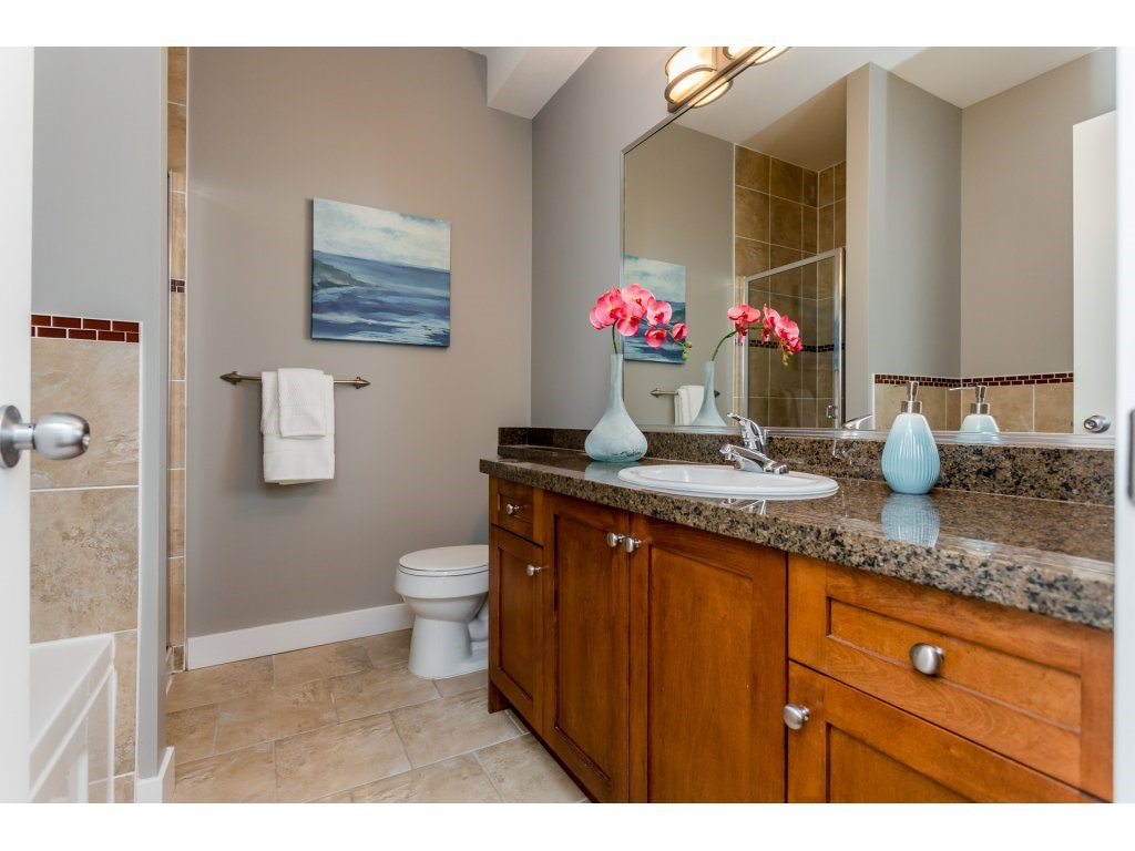 Photo 13: Photos: 31 19977 71 AVENUE in Langley: Willoughby Heights Townhouse for sale : MLS®# R2144676