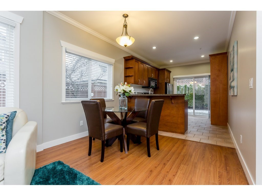 Photo 5: Photos: 31 19977 71 AVENUE in Langley: Willoughby Heights Townhouse for sale : MLS®# R2144676