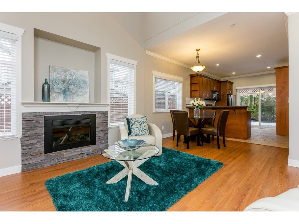 Photo 3: Photos: 31 19977 71 AVENUE in Langley: Willoughby Heights Townhouse for sale : MLS®# R2144676
