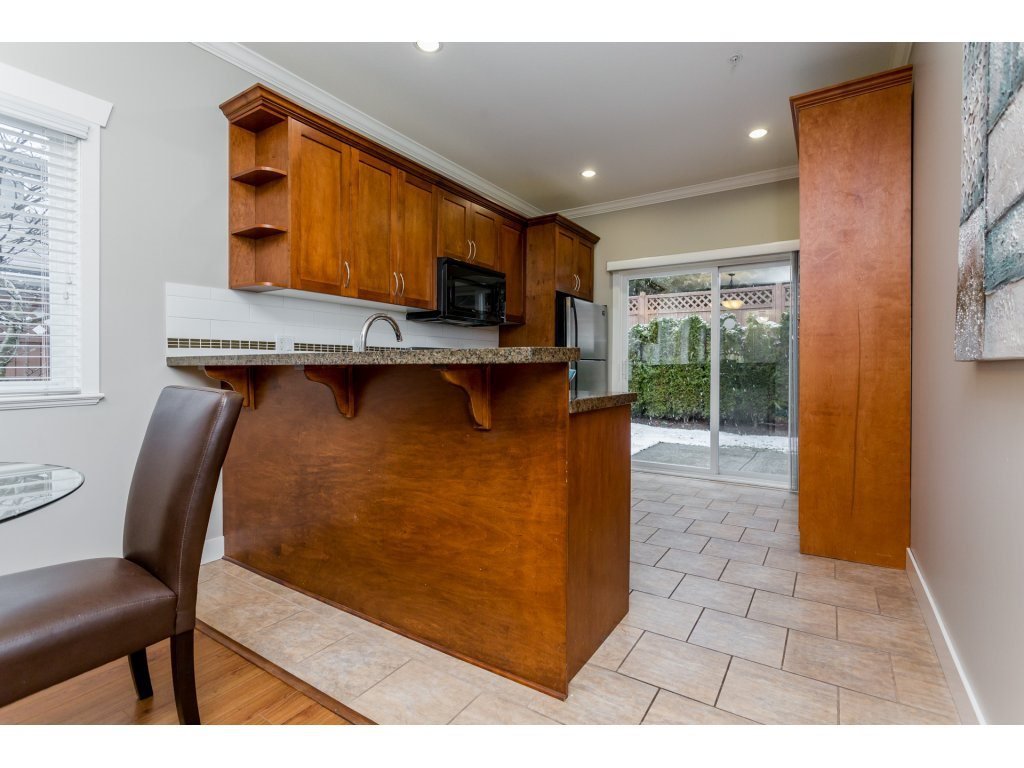 Photo 8: Photos: 31 19977 71 AVENUE in Langley: Willoughby Heights Townhouse for sale : MLS®# R2144676