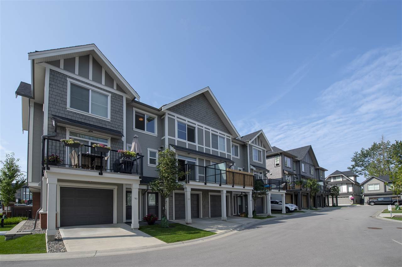 Main Photo: 89 8217 204B Street in Langley: Willoughby Heights Townhouse for sale : MLS®# R2394188