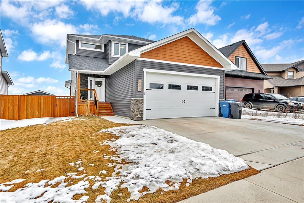 Main Photo: 655 West Highland Crescent: Carstairs Detached for sale : MLS®# C4292260