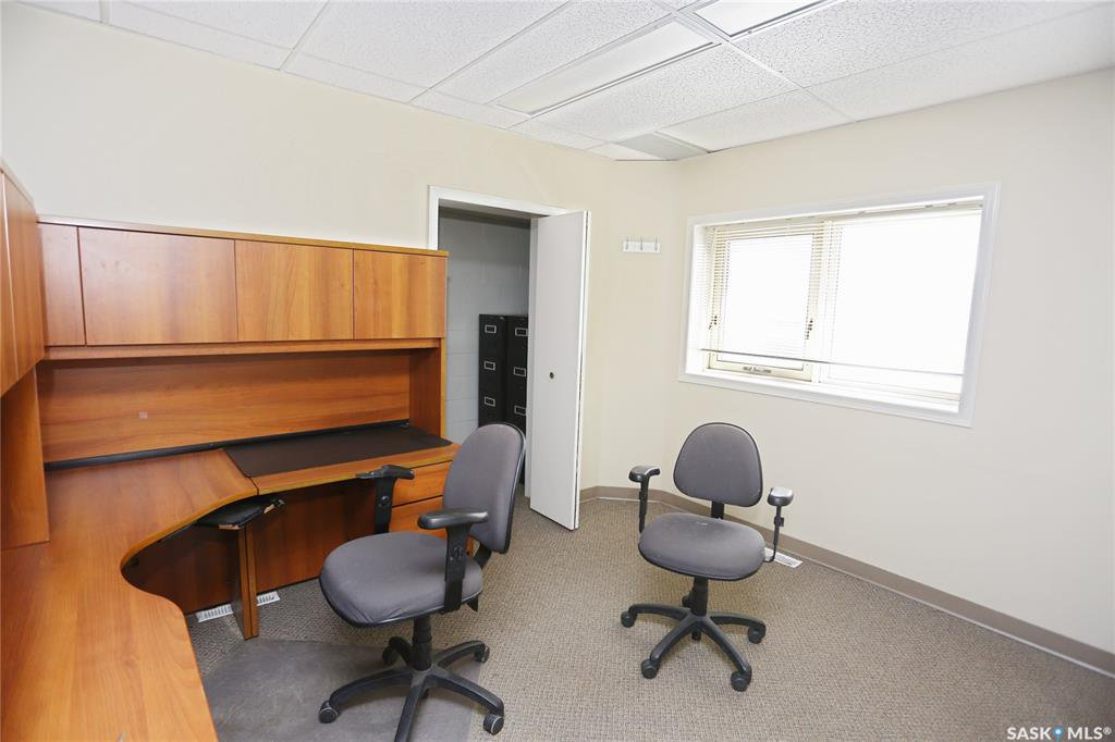 Photo 22: Photos: 2215 Faithfull Avenue in Saskatoon: North Industrial SA Commercial for lease : MLS®# SK805219