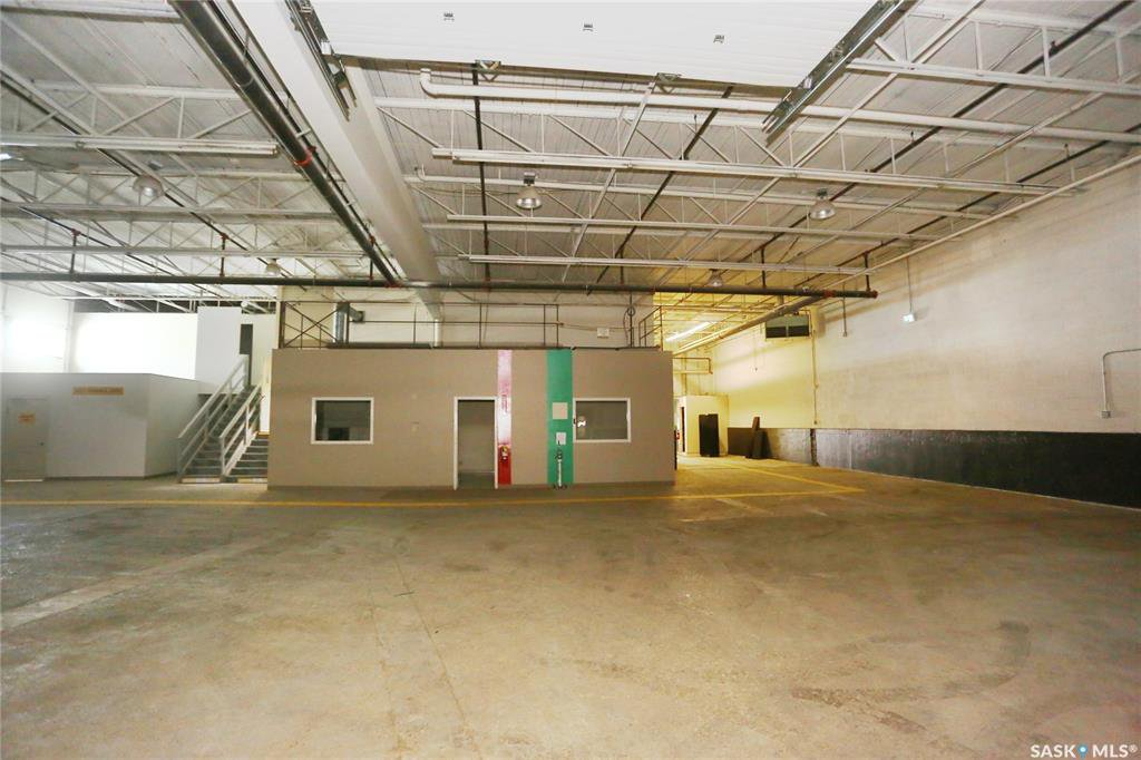 Photo 37: Photos: 2215 Faithfull Avenue in Saskatoon: North Industrial SA Commercial for lease : MLS®# SK805219