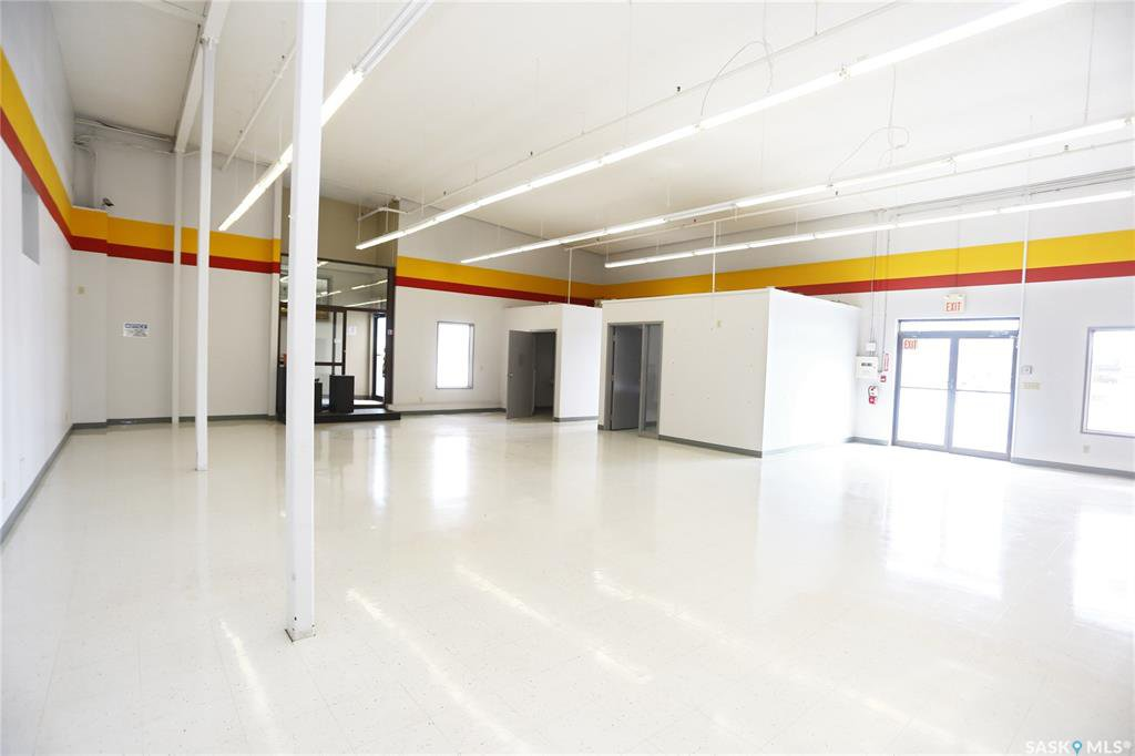 Photo 5: Photos: 2215 Faithfull Avenue in Saskatoon: North Industrial SA Commercial for lease : MLS®# SK805219