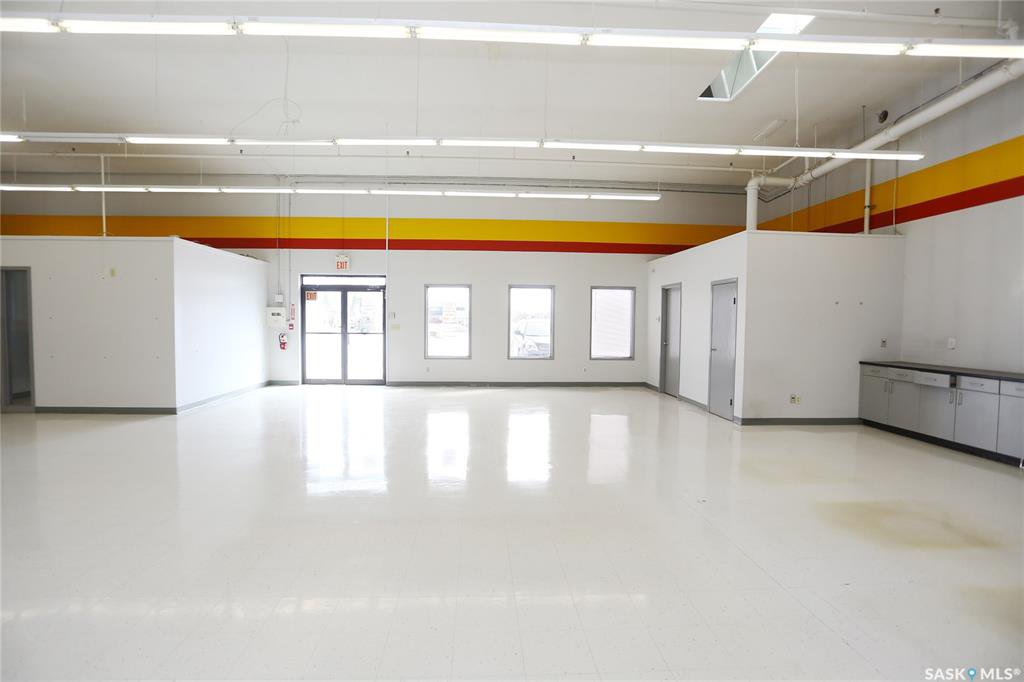 Photo 6: Photos: 2215 Faithfull Avenue in Saskatoon: North Industrial SA Commercial for lease : MLS®# SK805219