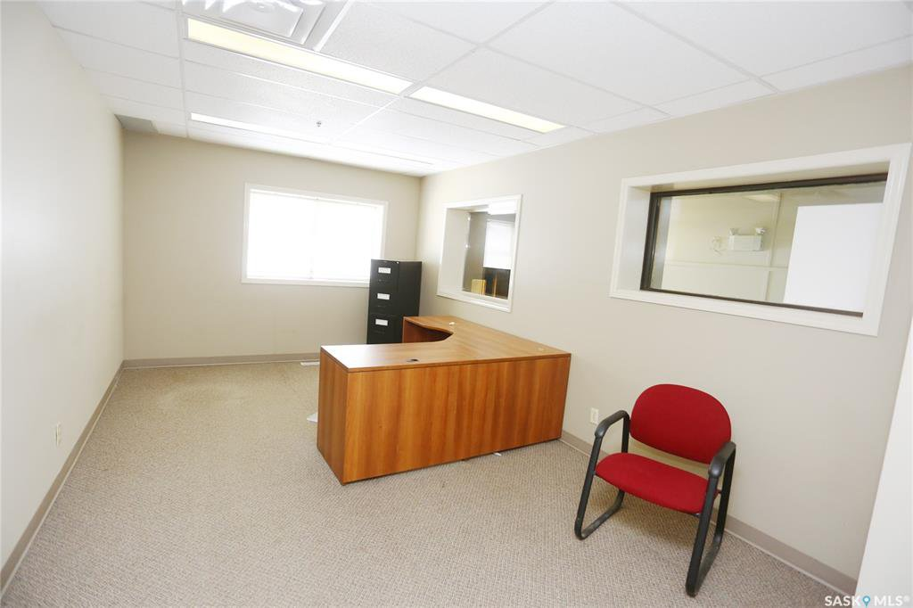 Photo 18: Photos: 2215 Faithfull Avenue in Saskatoon: North Industrial SA Commercial for lease : MLS®# SK805219