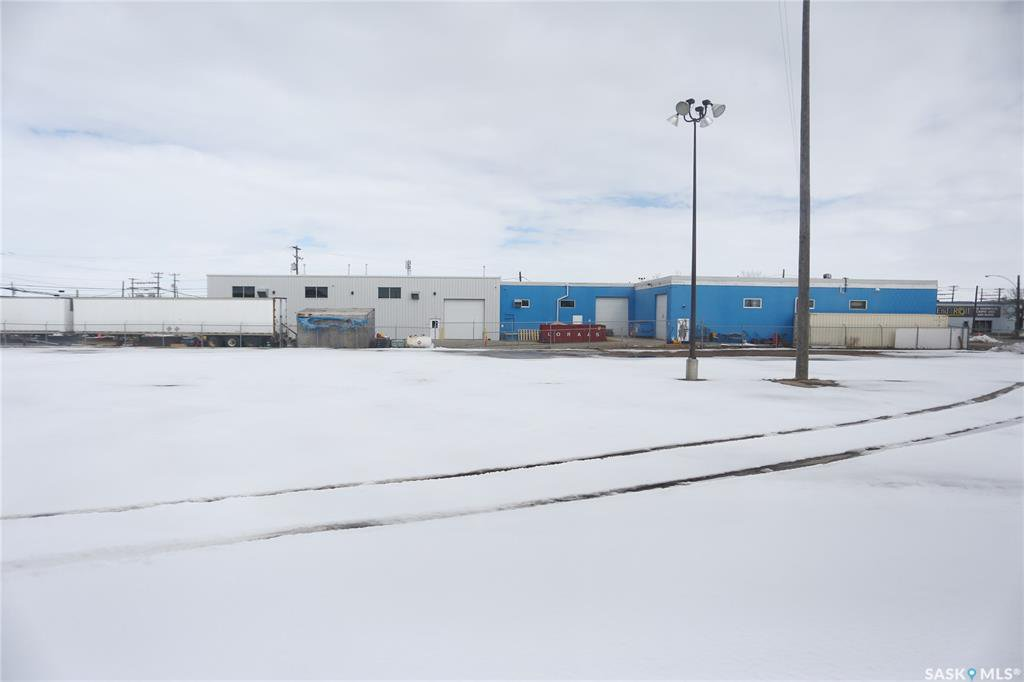 Photo 50: Photos: 2215 Faithfull Avenue in Saskatoon: North Industrial SA Commercial for lease : MLS®# SK805219