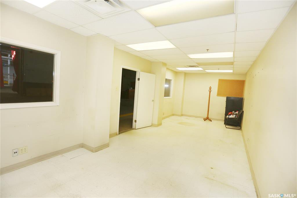 Photo 43: Photos: 2215 Faithfull Avenue in Saskatoon: North Industrial SA Commercial for lease : MLS®# SK805219