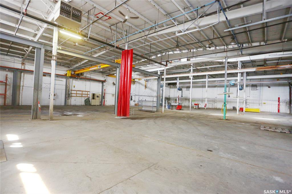 Photo 35: Photos: 2215 Faithfull Avenue in Saskatoon: North Industrial SA Commercial for lease : MLS®# SK805219