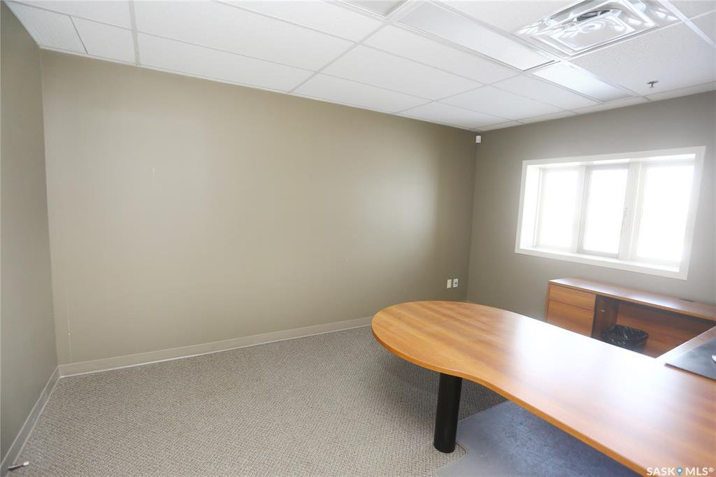 Photo 24: Photos: 2215 Faithfull Avenue in Saskatoon: North Industrial SA Commercial for lease : MLS®# SK805219