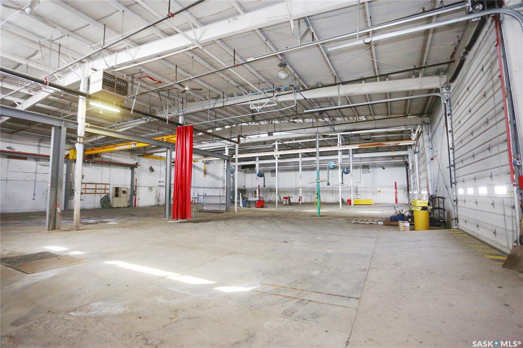 Photo 36: Photos: 2215 Faithfull Avenue in Saskatoon: North Industrial SA Commercial for lease : MLS®# SK805219