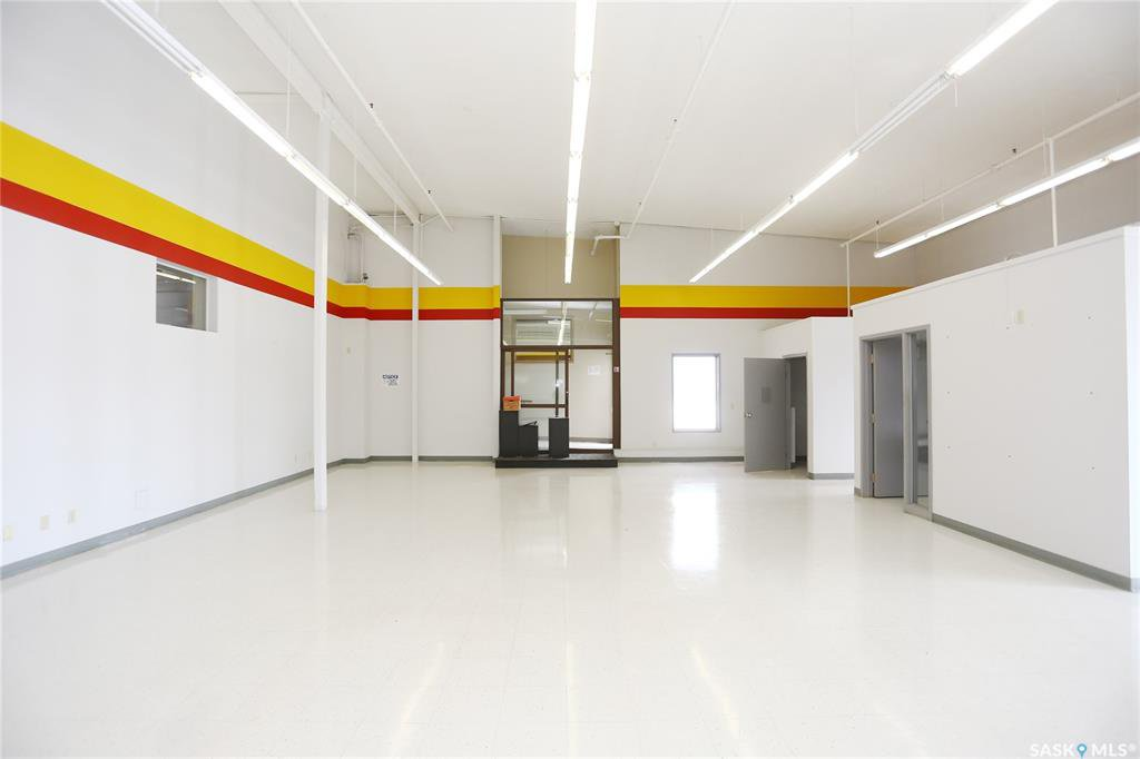 Photo 4: Photos: 2215 Faithfull Avenue in Saskatoon: North Industrial SA Commercial for lease : MLS®# SK805219