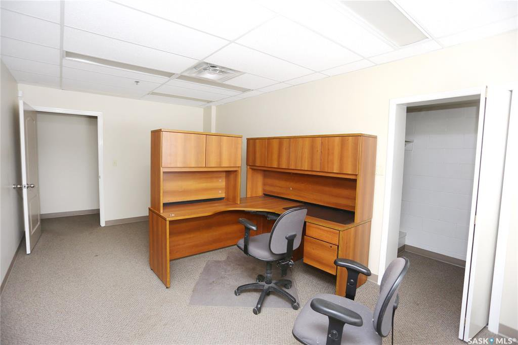 Photo 23: Photos: 2215 Faithfull Avenue in Saskatoon: North Industrial SA Commercial for lease : MLS®# SK805219
