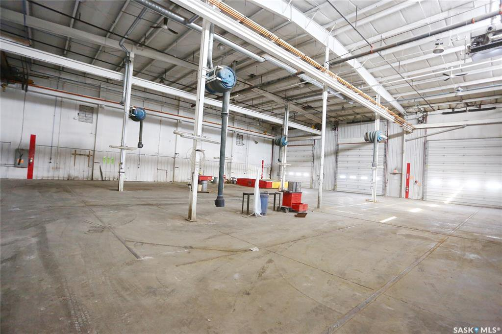 Photo 29: Photos: 2215 Faithfull Avenue in Saskatoon: North Industrial SA Commercial for lease : MLS®# SK805219