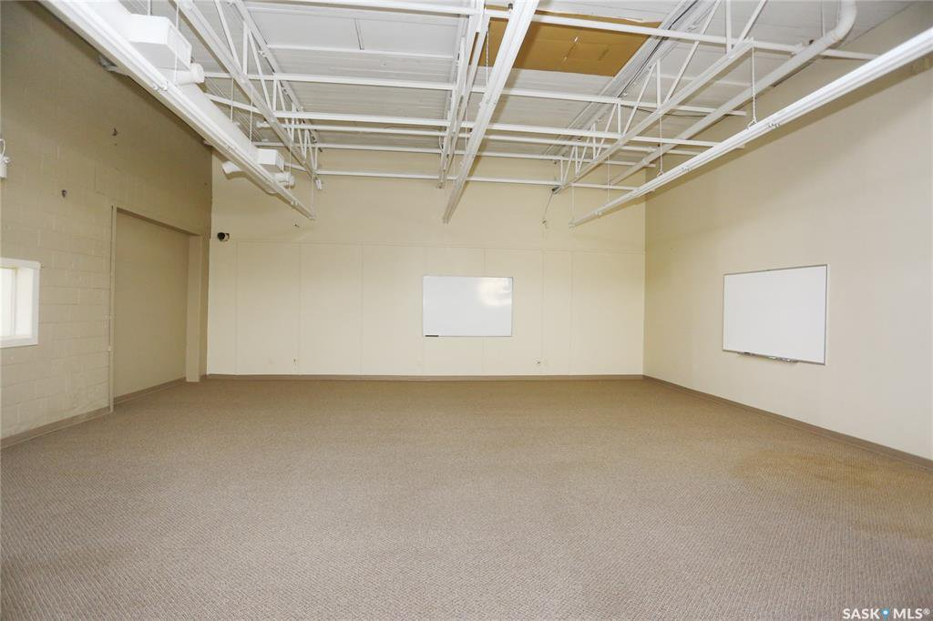 Photo 17: Photos: 2215 Faithfull Avenue in Saskatoon: North Industrial SA Commercial for lease : MLS®# SK805219