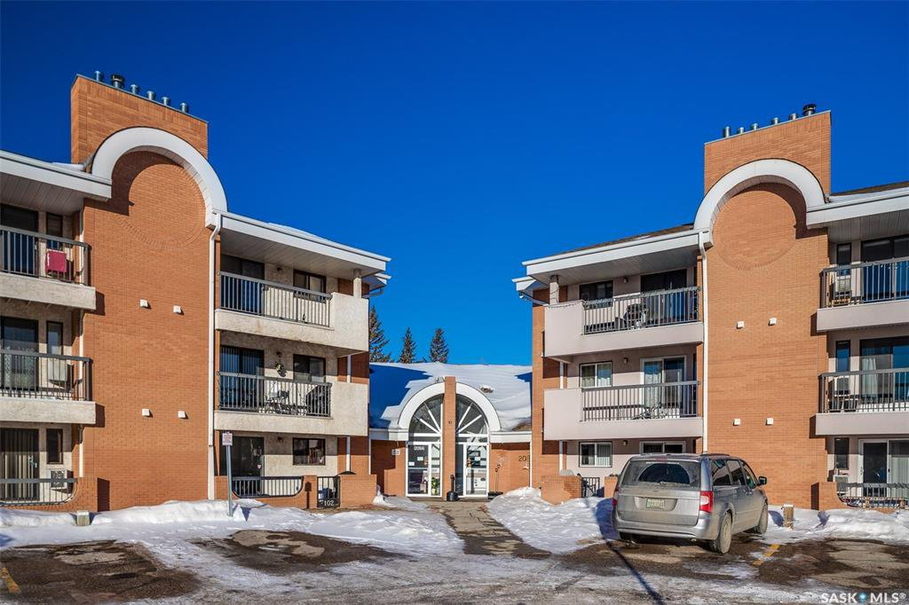 Main Photo: 314 209B Cree Place in Saskatoon: Lawson Heights Residential for sale : MLS®# SK838623