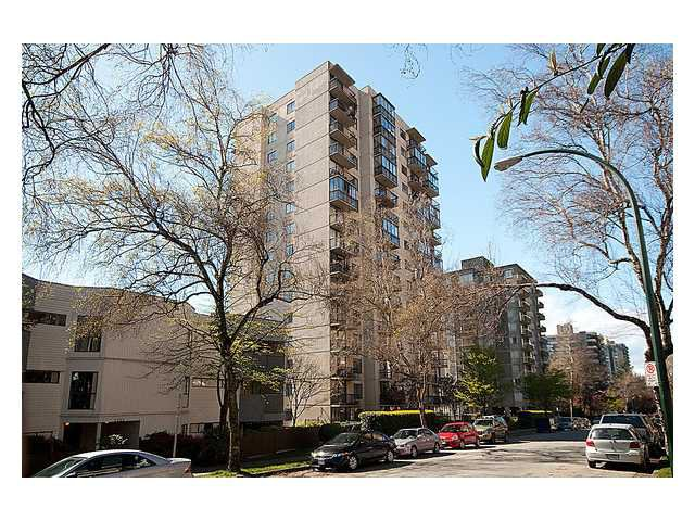 "Main Photo: 404 1146 HARWOOD Street in Vancouver: West End VW Condo for sale in ""The Lamplighter"" (Vancouver West)  : MLS®# V956065"