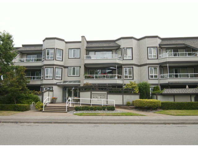 "Main Photo: 205 1840 E SOUTHMERE Crescent in White Rock: Sunnyside Park Surrey Condo for sale in ""Southmere Mews"" (South Surrey White Rock)  : MLS®# F1320585"