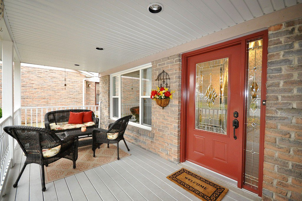 Photo 2: Photos: : Freehold for sale : MLS®# N2497480