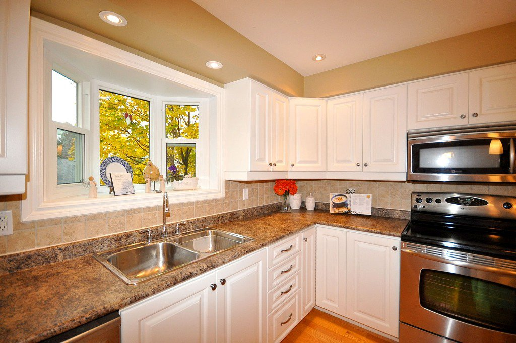 Photo 6: Photos: : Freehold for sale : MLS®# N2497480