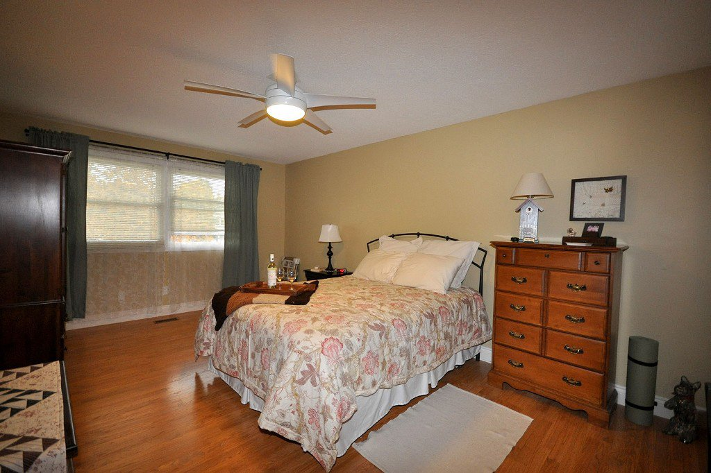 Photo 8: Photos: : Freehold for sale : MLS®# N2497480