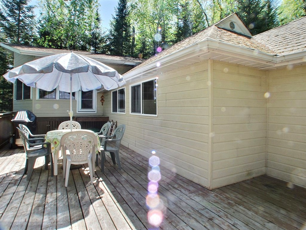 Main Photo: 31 McKenzie Beach Subdivision in : West Hawk Lake Residential for sale : MLS®# 1413556