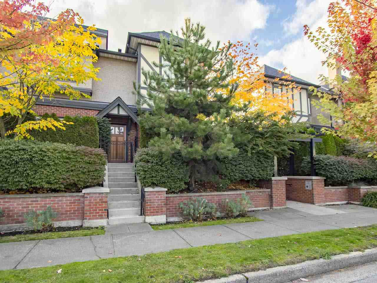 Main Photo: 6151 Oak St, in Vancouver: South Granville Townhouse for sale (Vancouver West)  : MLS®# R2115728