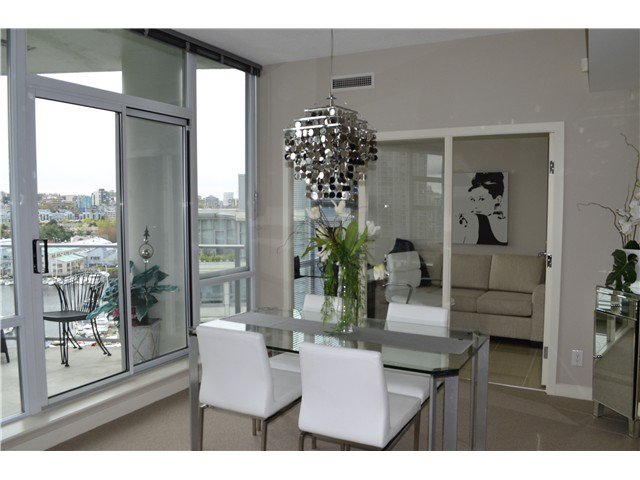 Photo 4: Photos: # 1101 638 BEACH CR in Vancouver: Yaletown Condo for sale (Vancouver West)  : MLS®# V1116559