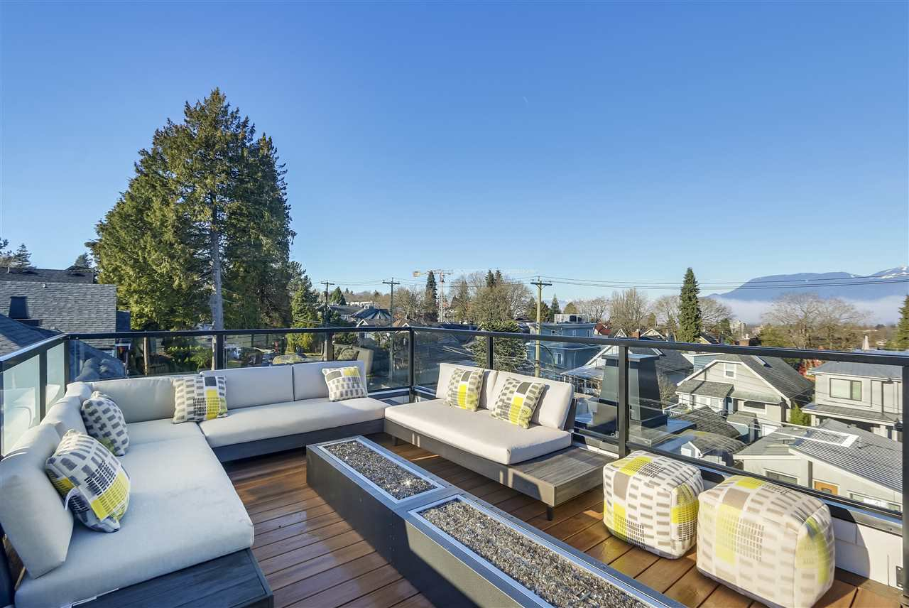 Main Photo: 3339 COLLINGWOOD STREET in Vancouver: Dunbar House for sale (Vancouver West)  : MLS®# R2357259