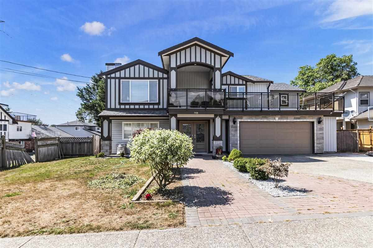 Main Photo: 7409 124 Street in Surrey: West Newton House for sale : MLS®# R2396946