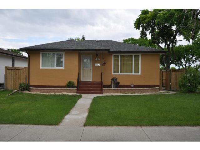 Main Photo: 504 Dalton Street in WINNIPEG: North End Residential for sale (North West Winnipeg)  : MLS®# 1212597